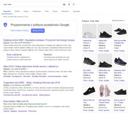 Wynik wyszukiwania Google na hasło buty nike na urządzeniu desktopowym